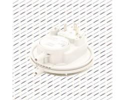 Реле давления воздуха, датчик тяги (прессостат) HUBA 26/18  арт. 87161567440-а, 87160127530-а